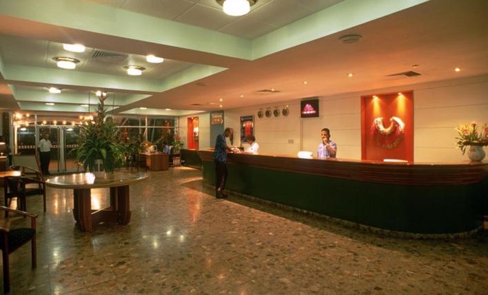 メラネシアンホテルロビー